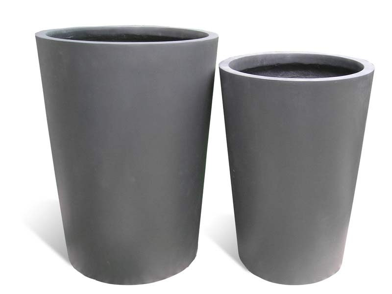 Tegel round gray planters in two sizes