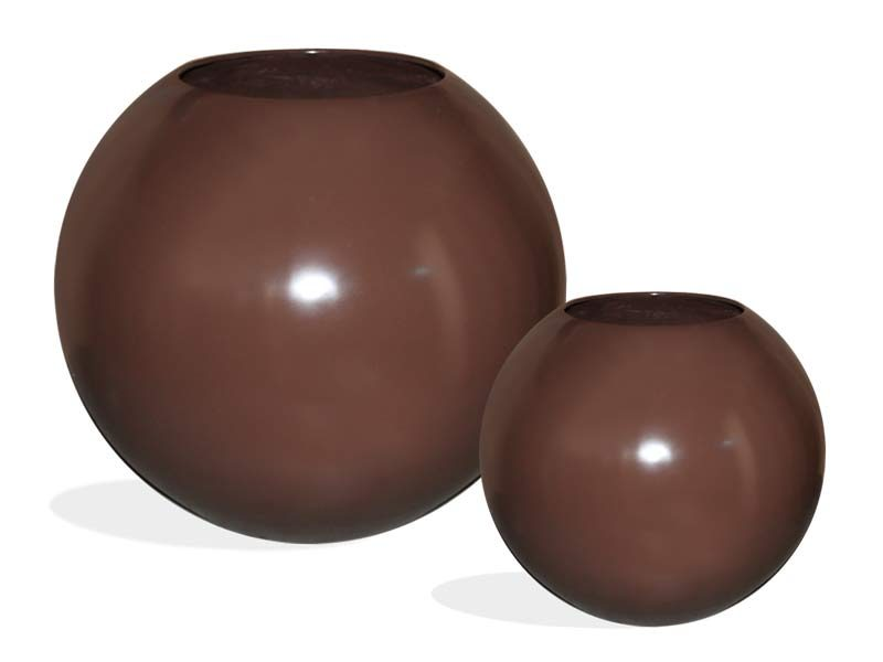 Brown globe planters in two sizes