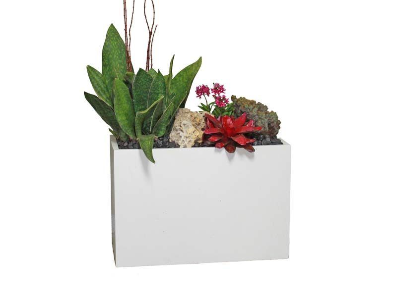 Tolga white rectangular planter box